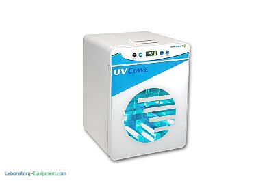 UVClave™ ultraviolet chamber includes UV-C bulbs on both top and bottom of the chamber allowing 360° exposure.