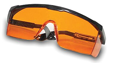 Amber glasses by Accuris provide additional protection for gel viewing
