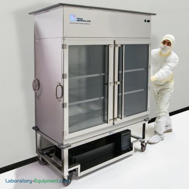 PureFlow Laminar Transport Cart system provides an uninterrupted vertical laminar flow of HEPA-filtered air in the storage area | 1529-68 displayed